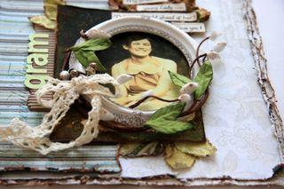 Gram frame close-up for Petaloo