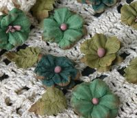 Petites greens