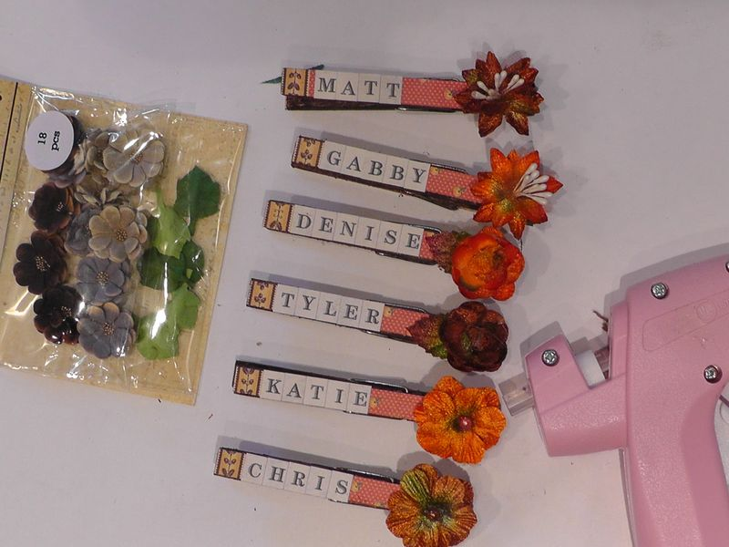 Denise_hahn_petaloo_thanksgiving_clothespin_name_tags - 07