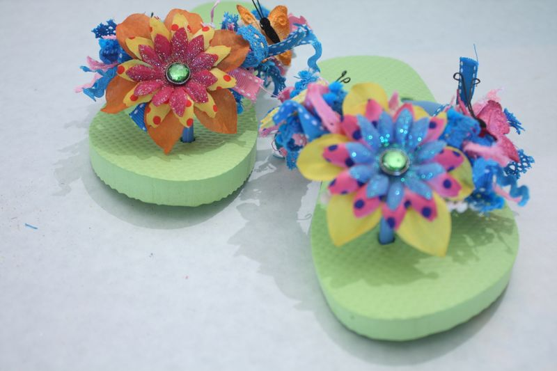 Denise_hahn_petaloo_kid_friendly_craft_summer_flip_flops - 02