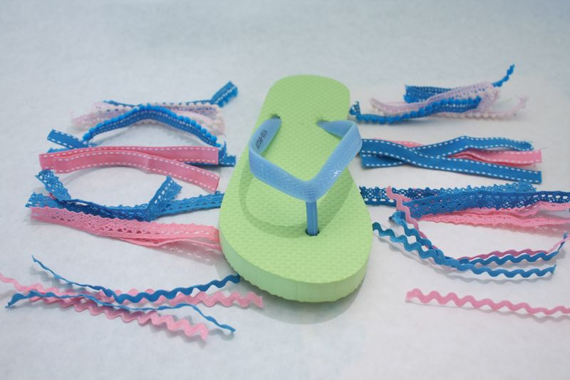 Denise_hahn_petaloo_kid_friendly_craft_summer_flip_flops - 07