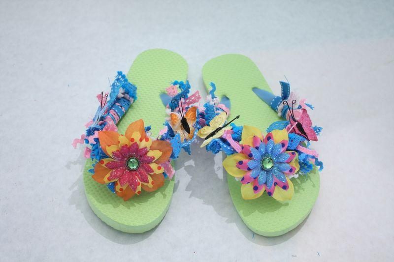 Denise_hahn_petaloo_kid_friendly_craft_summer_flip_flops - 16