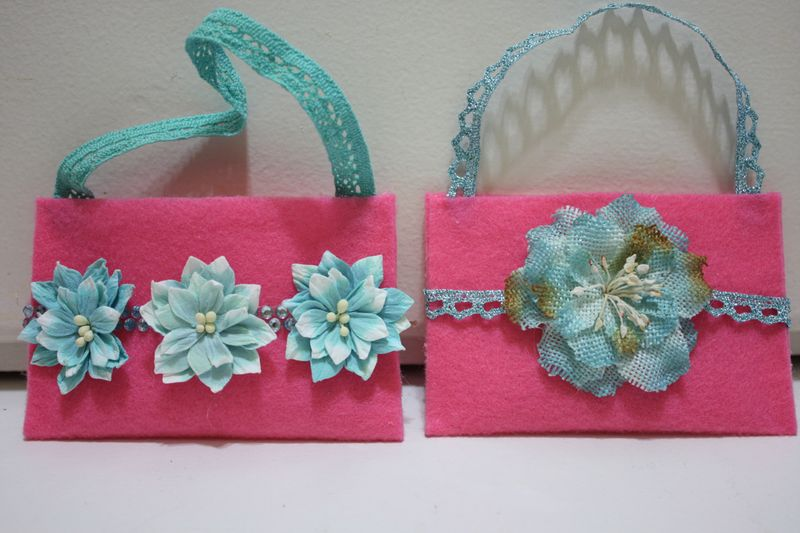 Denise_hahn_petaloo_easy_felt_gift_card_holder - 10