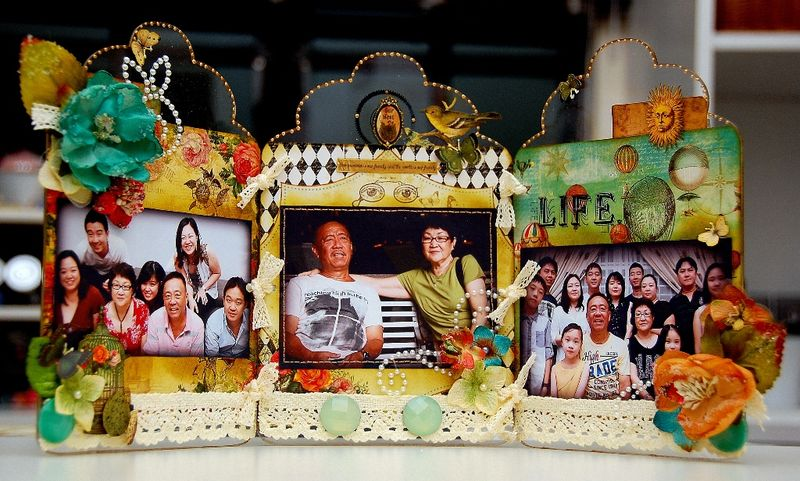 Mother's Day Altered Tri-Fold Frame by Irene Tan1(resize)