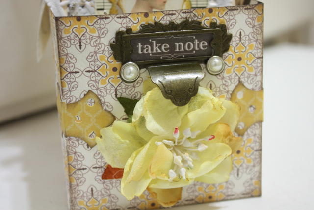 Denise_hahn_petaloo_authentique_gift_tag_box - 33