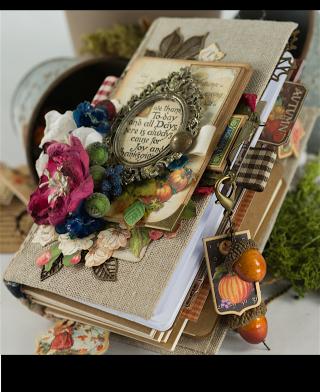 Tati, Thankful Fall Book, Product by Graphic 45, Photo 5